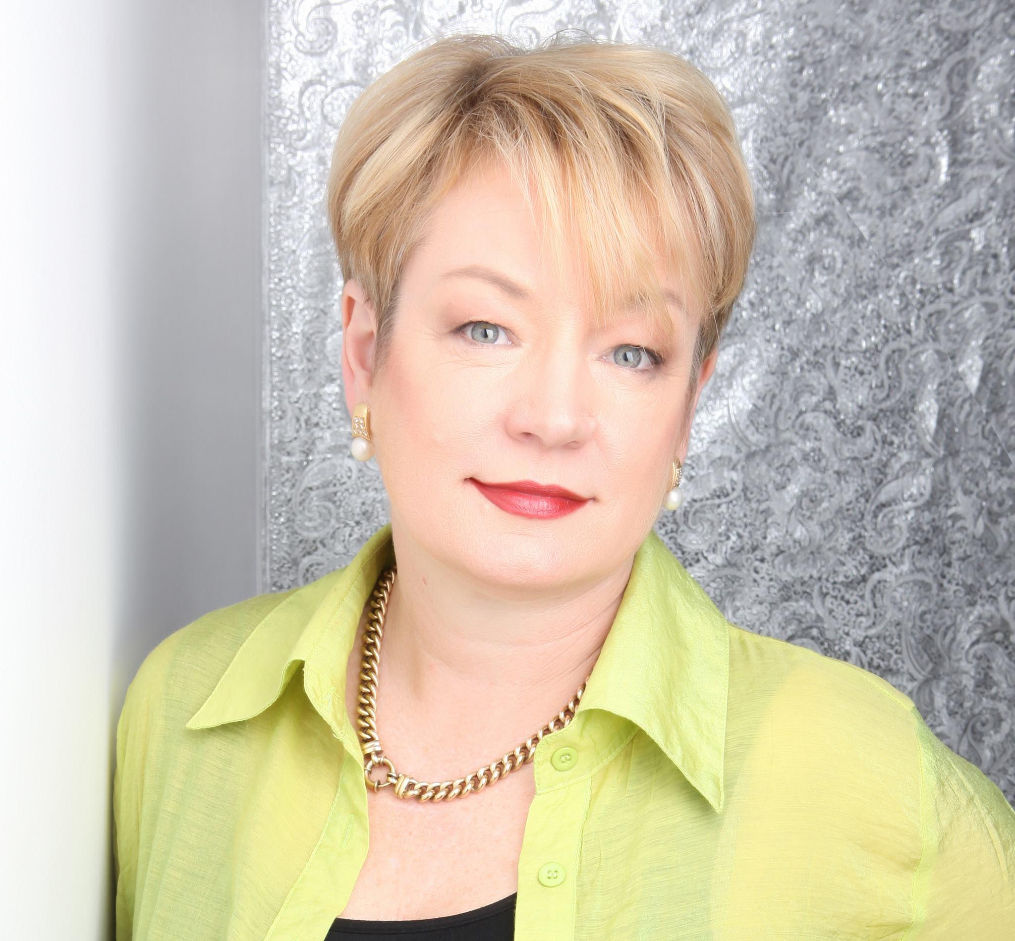 Lorraine Carrington