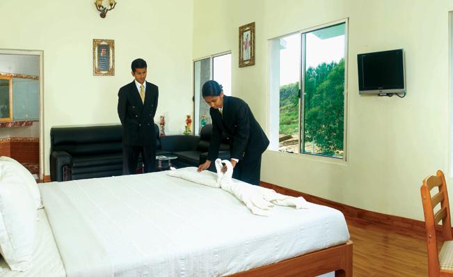 Mount Royal College, Munnar