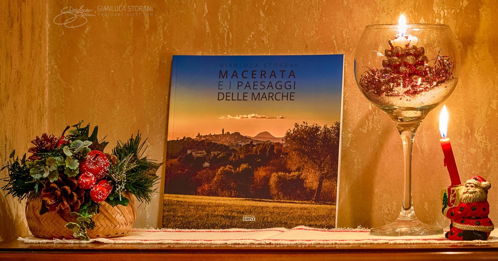 Buon Natale da Macerata e i paesaggi delle Marche (ID: 4-6931)