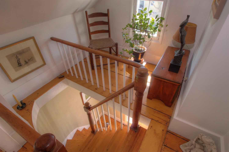 22 East Commercial Street Stairway