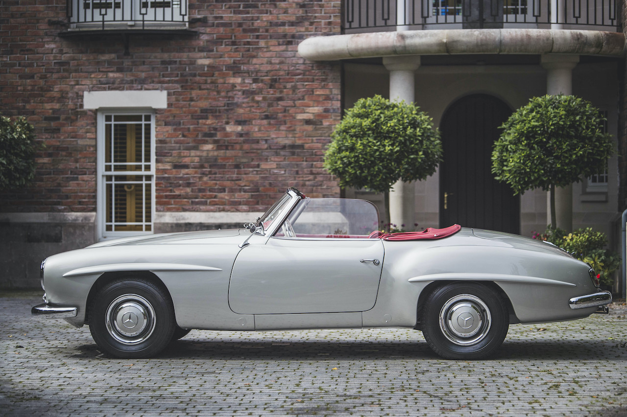 Early Mercedes-Benz 190SL to be auction by The Market