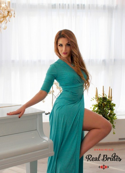 Photo gallery №12 Ukrainian lady Julia