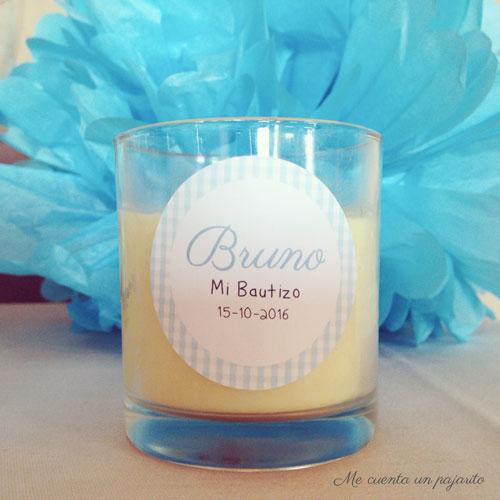 Vela con pegatina personalizada de la mesa dulce del bautizo de Bruno, pompones