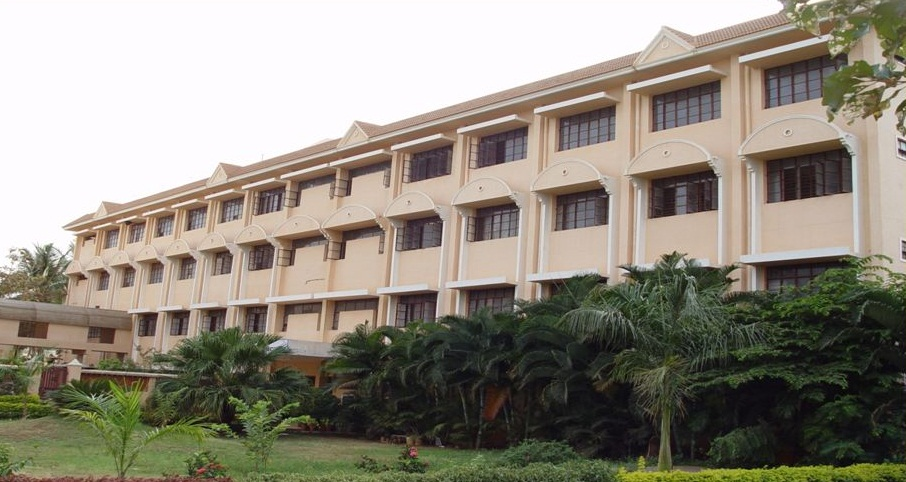 Siddaganga Institute of Nursing Sciences and Research Centre Image