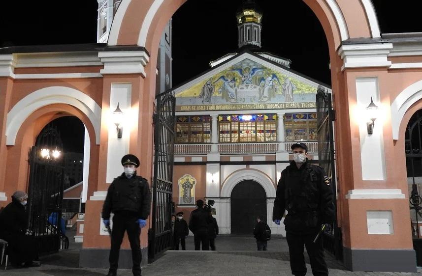 Запрет посещения храмов на Пасху и антисоветские мифы