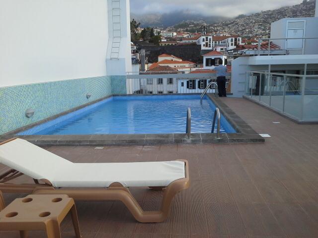 бассейн мадейра