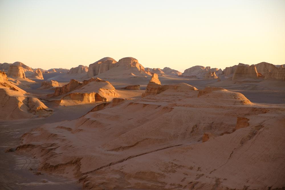 De woestijn bij Kerman, ook wel Kalouts genoemd