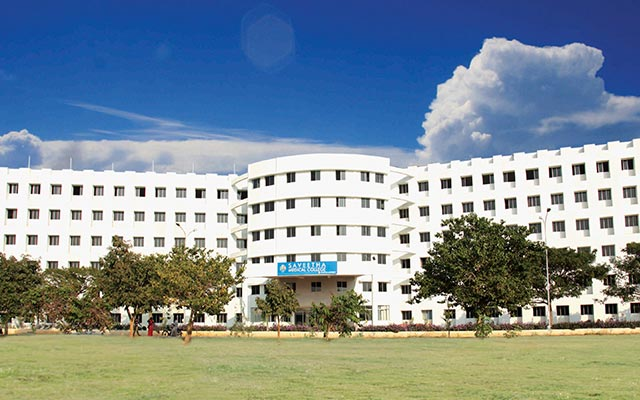 Saveetha Medical College and Hospital, Thandalam, Chennai Image