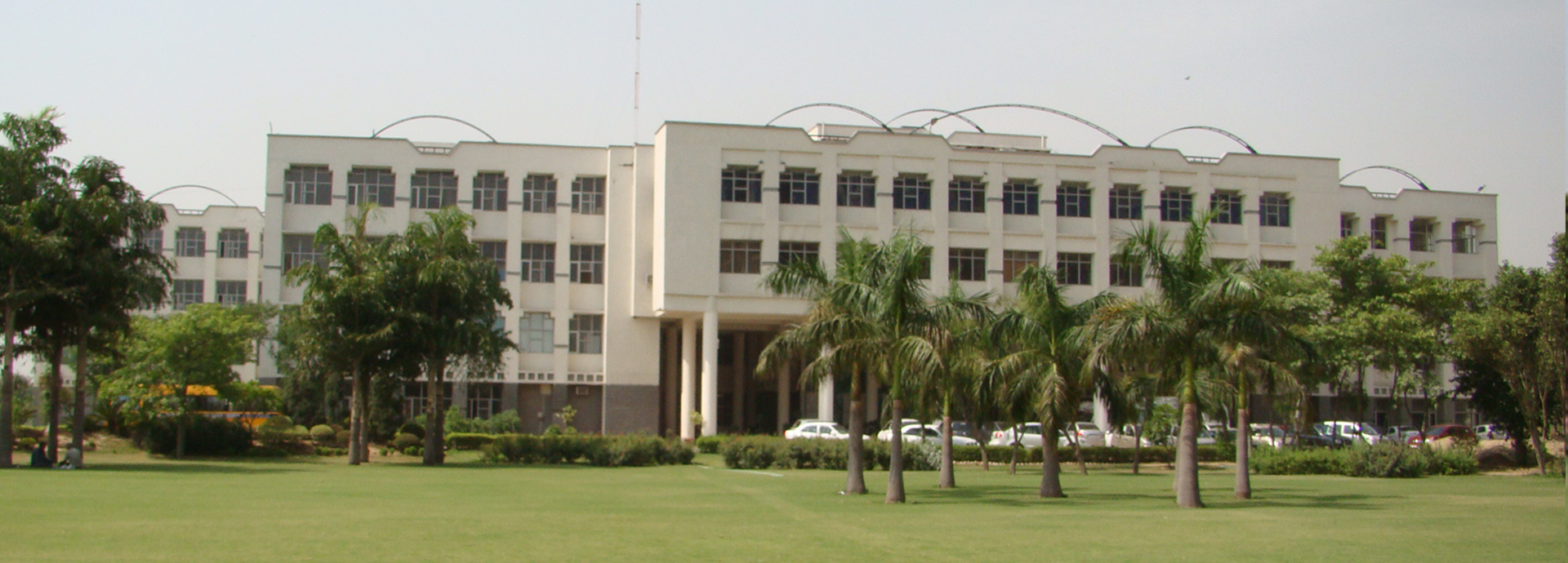 Sudha Rustagi College of Dental Sciences and Research, Faridabad Image