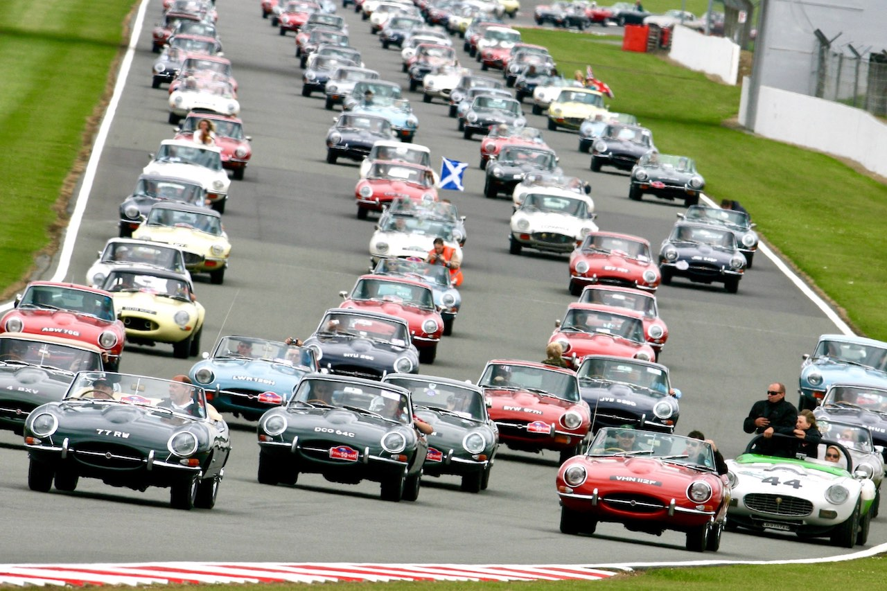 Silverstone Classic to host Jaguar E-Type catwalk display