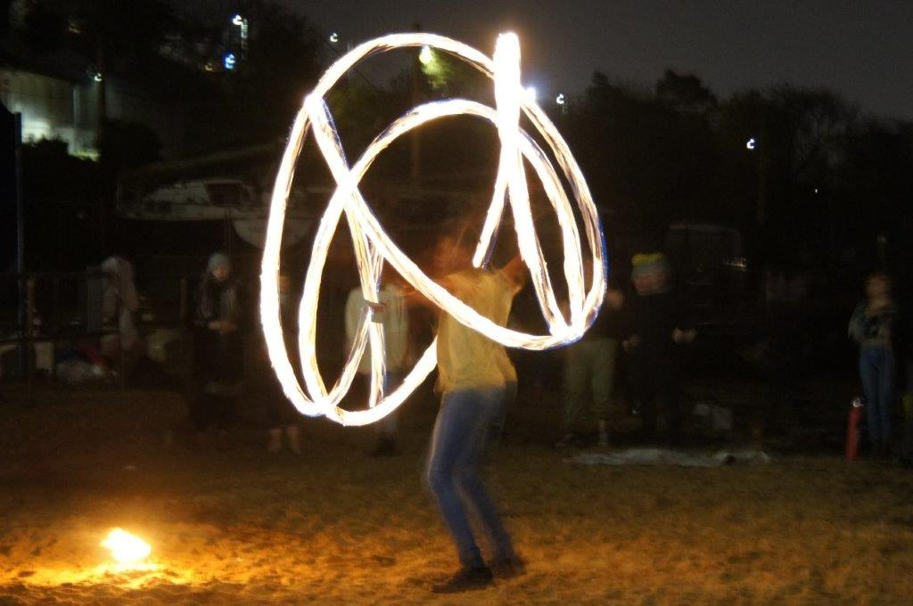 fire_juggling