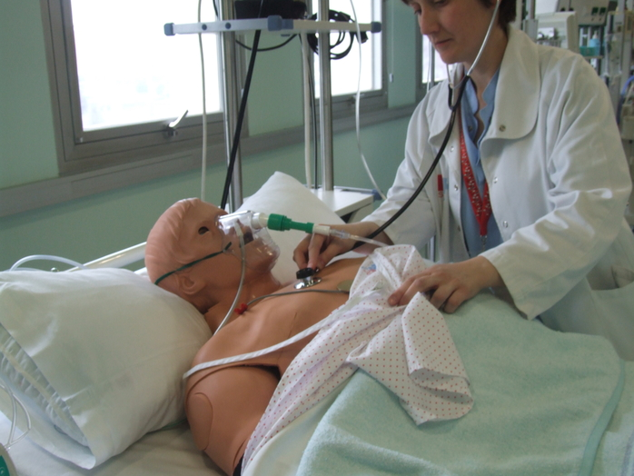 Entrenamiento en la toma de decisiones clínicas en pacientes con patología cardiovascular urgente