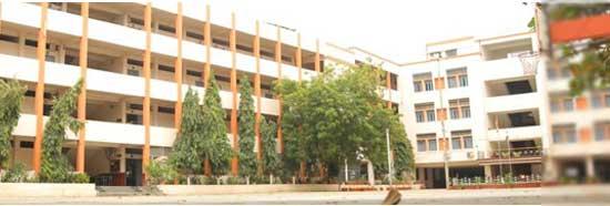 Rajarshi Shahu Mahavidyalaya, Latur