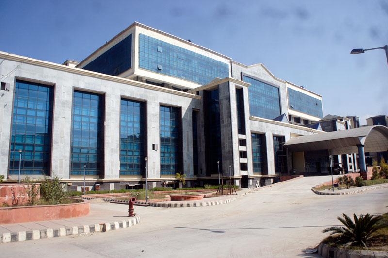 Shri Lal Bahadur Shastri Government Medical College Image