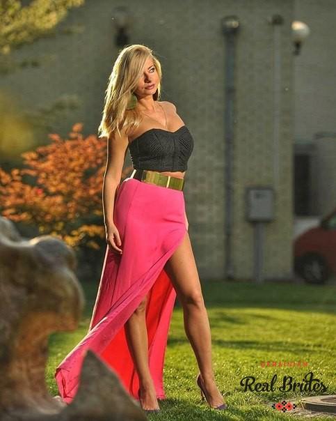 Photo gallery №4 Ukrainian lady Julia