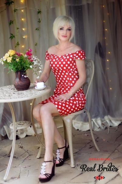 Photo gallery №4 Ukrainian women Larysa