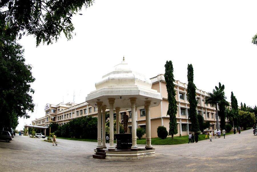 Sri Siddhartha Medical College, Tumkur Image