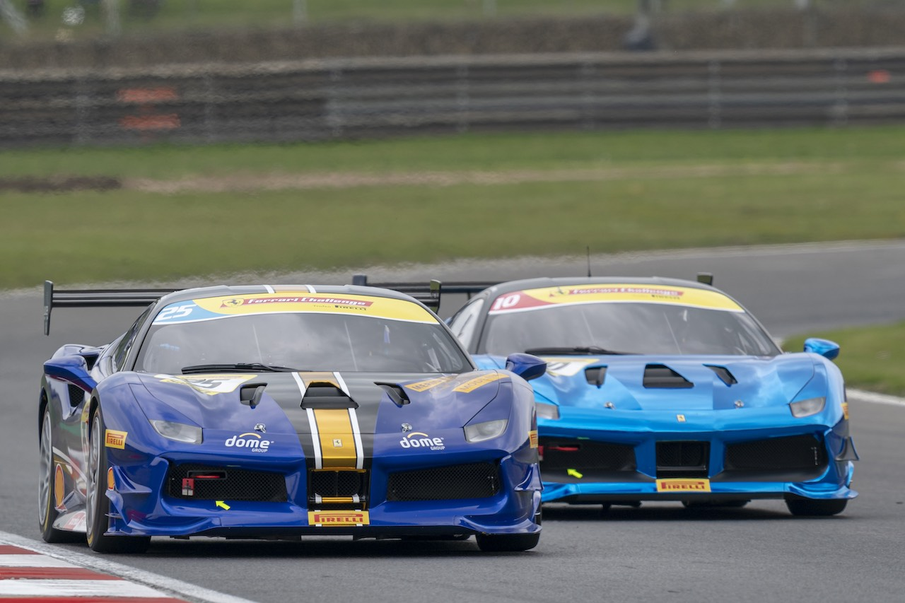 Ferrari Challenge UK invites visitors to Brands Hatch Race weekend