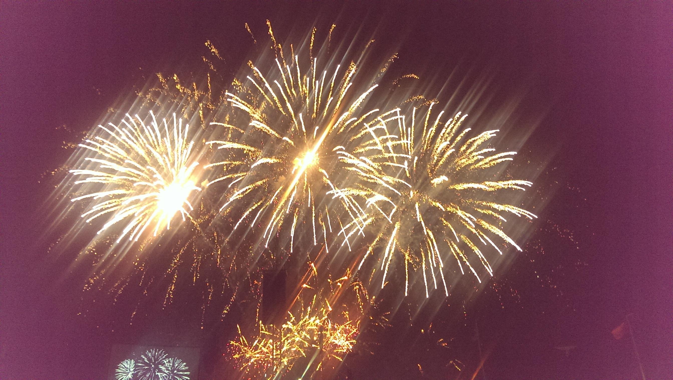 Platinum fireworks1