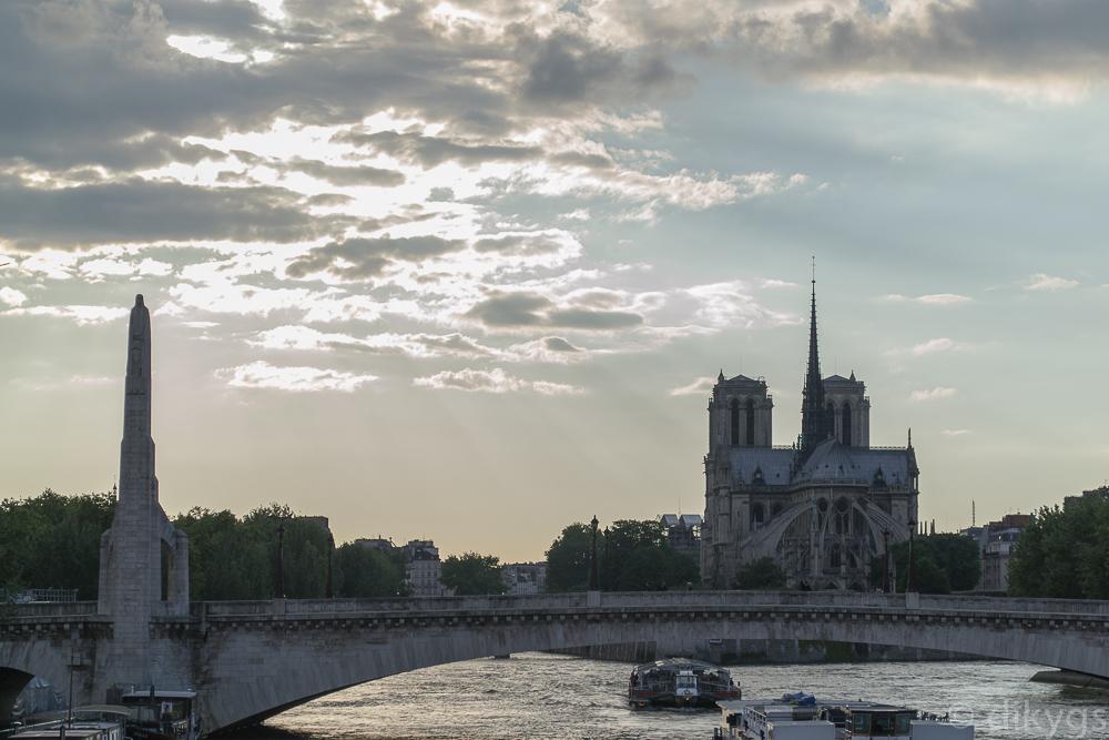Atardecer en Notre Dame de París