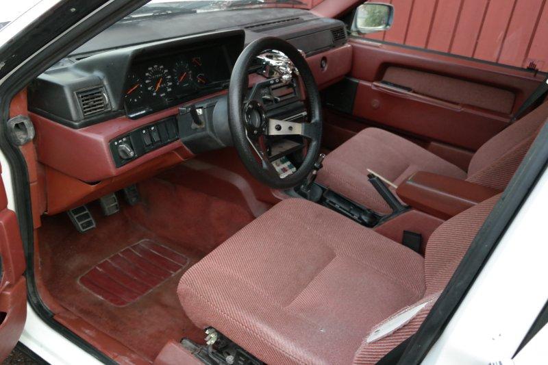 dl.dropboxusercontent.com/s/rho5mhgffsnkdal/Sportratt_Volvo740.jpg
