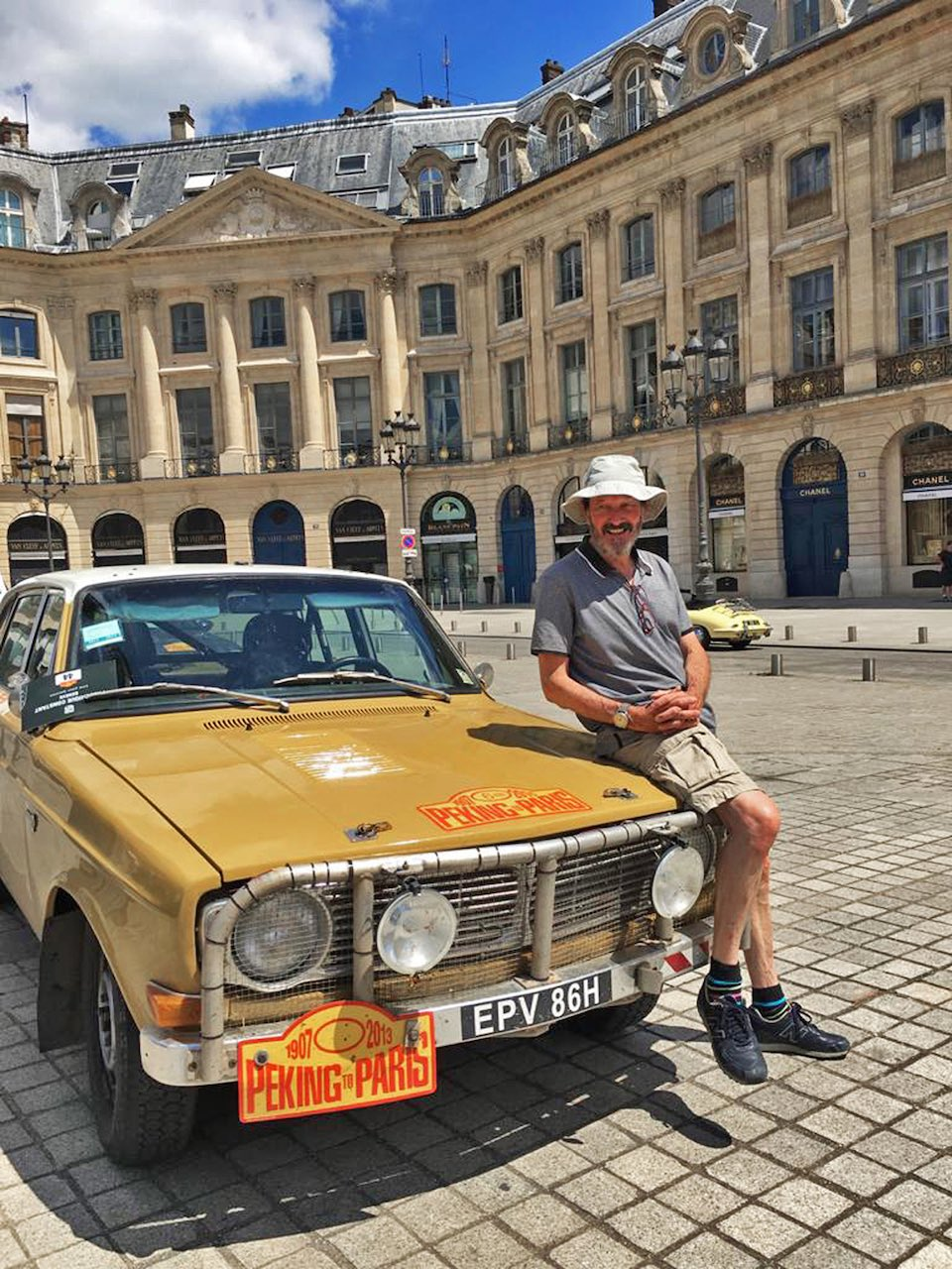Pandemic patient auctions Volvo 144 to aid hospital that saved his life