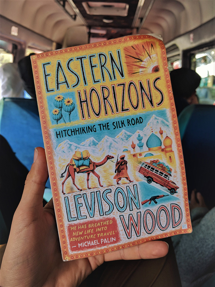 Boek van Levison Wood