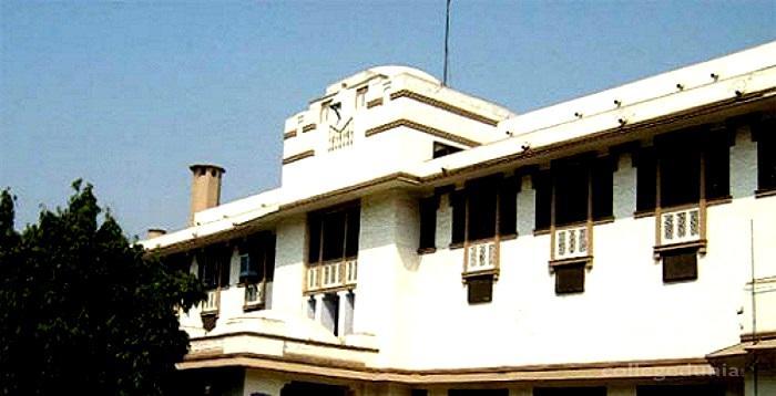 Lady Hardinge Medical College, New Delhi Image