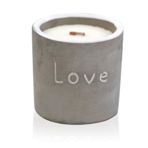 soy wax medium concrete candle - fig & cassis