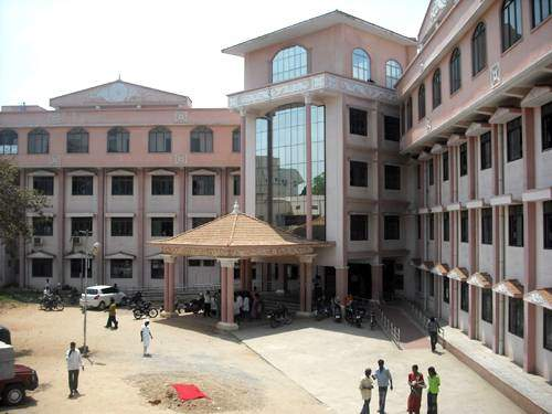 Government Vellore Medical College and Hospital, Vellore Image