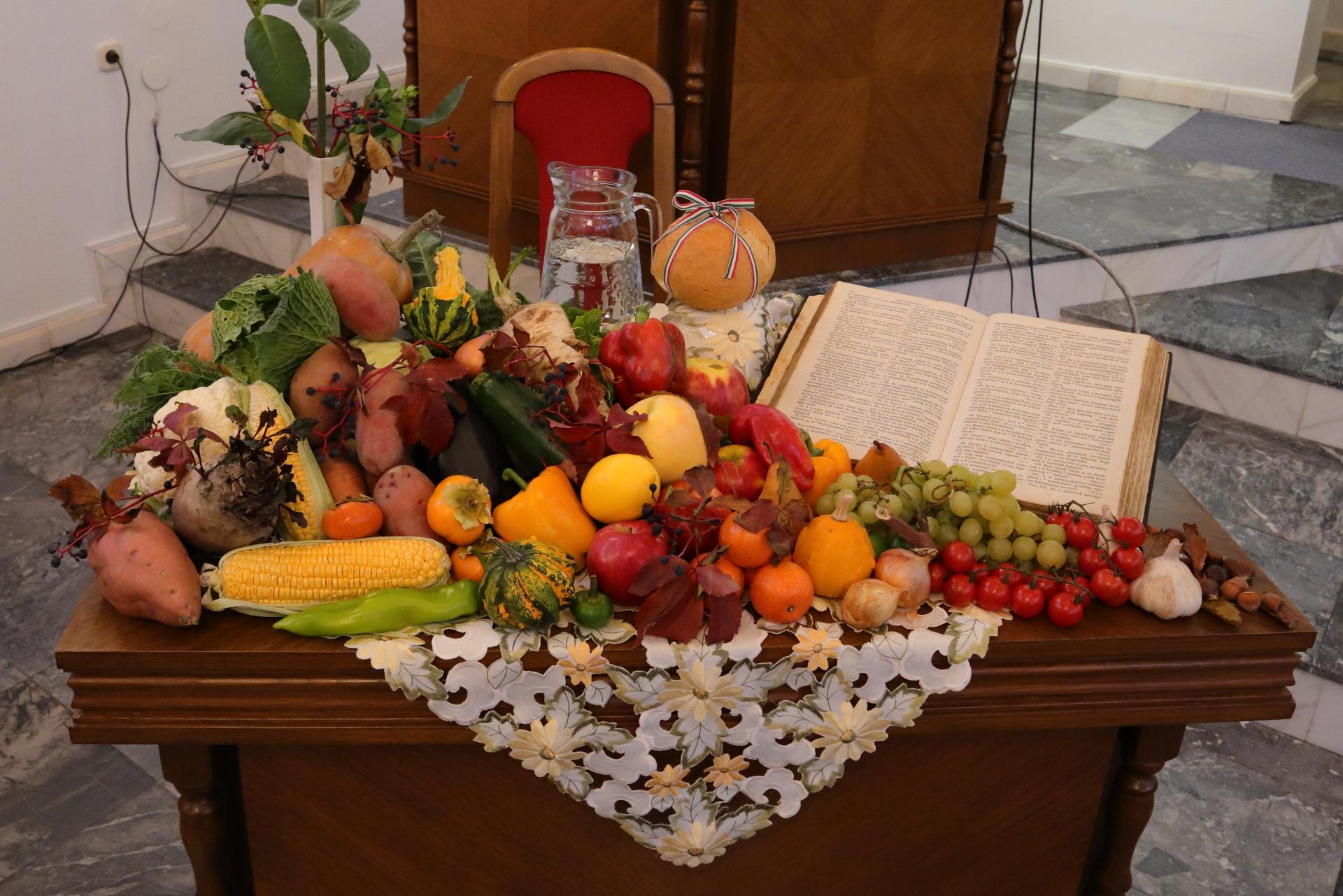 Hálaadó oltár
