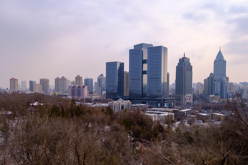 Ürumqi: net als alle Chinese steden vol hoogbouw.