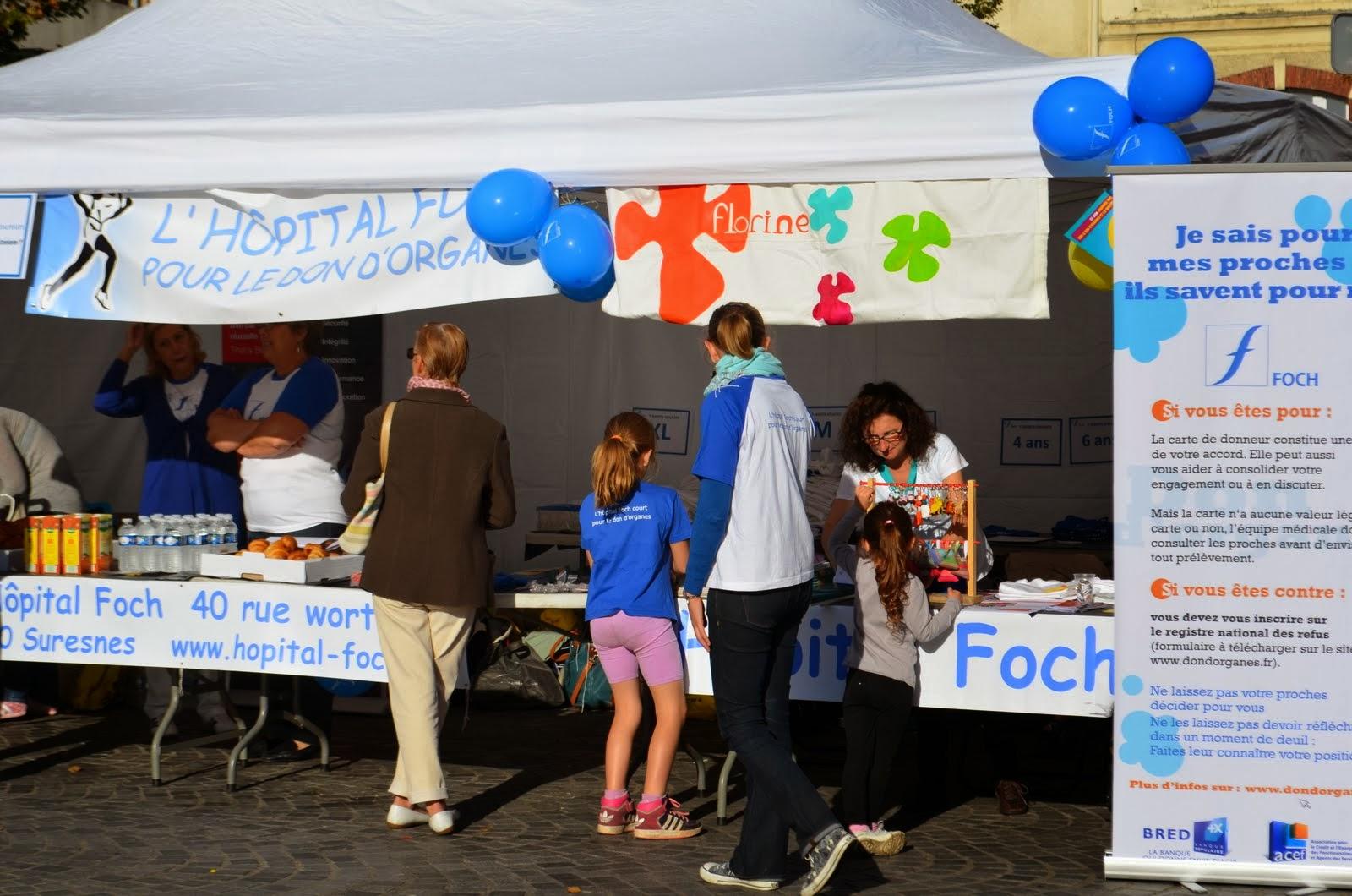Le stand de Florine partagé avec l'Hôpital Foch.
