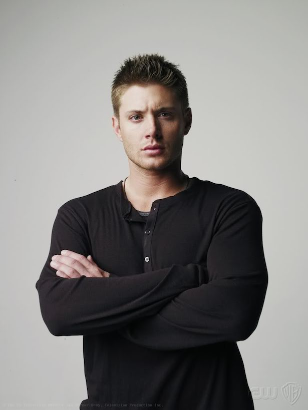 Jensen Ackles crossing arms