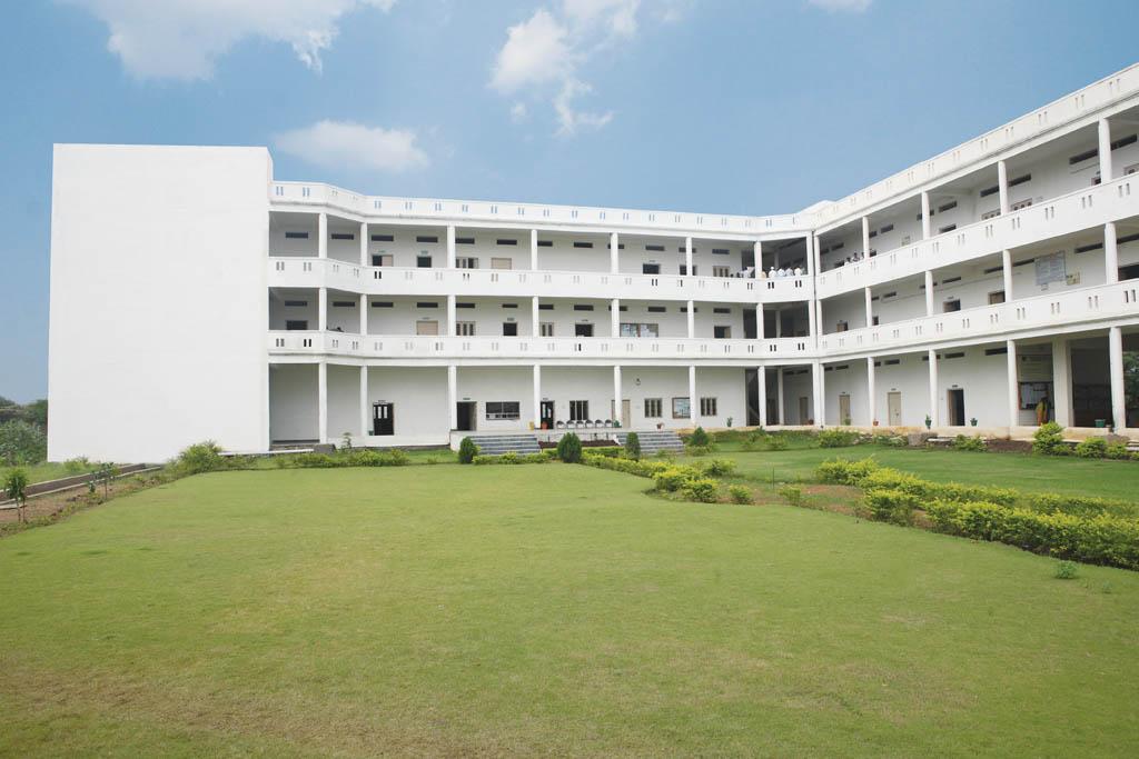 Creative Educational Society's College Of Pharmacy