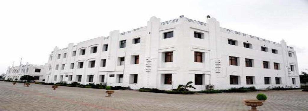 INDORE INDIRA SCHOOL OF CAREER STUDIES Image