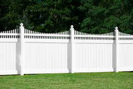 scalloped fence vinyl Image