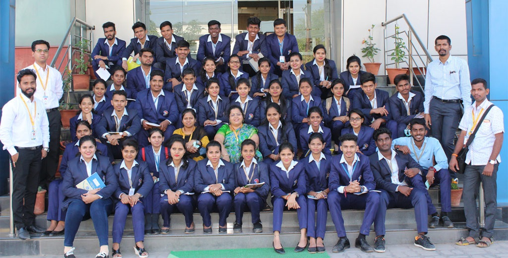 Anand Vishwa Gurukul Senior Night College, Thane Image