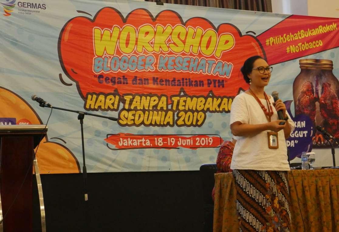 Dr. Theresia Sandra Diah Ratih MHA - Direktorat Pencegahandan Pengendalian Penyakit Tidak Menular