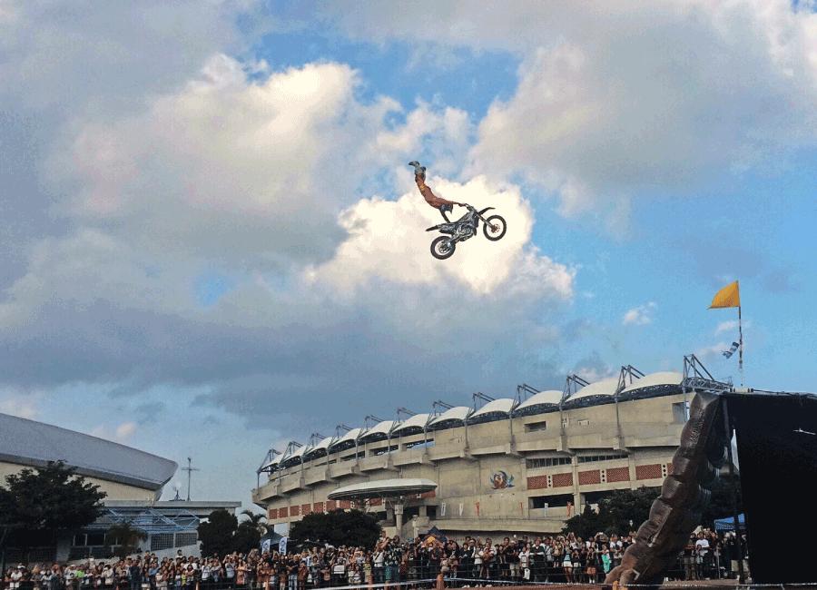 FMXバイク