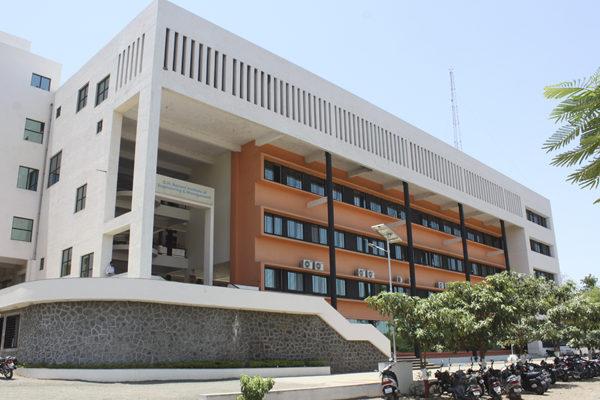 G.H. Raisoni Institute Of Engineering and Management, Jalagon