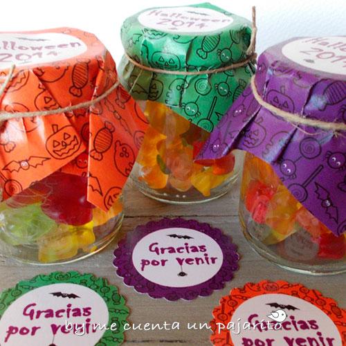 Tarros de caramelo  y pegatinas de la fiesta de Halloween