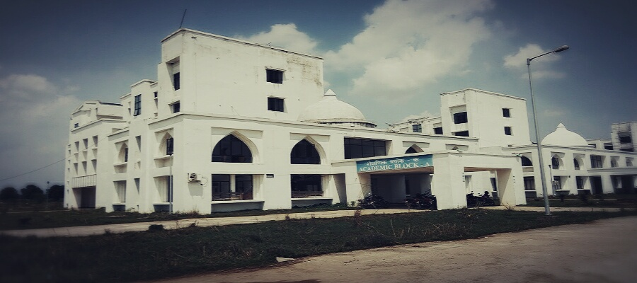 Ghani Khan Choudhury Institute of Engineering and Technology Image