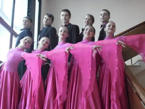 Ансамбль бального танца «Грация» достойно выступили на Межрегиональном фестивале хореографического искусства «Танцуй