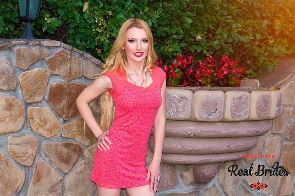 Photo gallery №4 Ukrainian bride Ksenia
