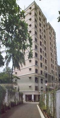 P.D Hinduja College of Nursing Image