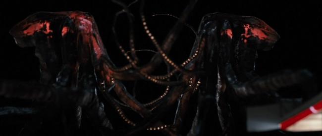 哥斯拉/哥吉拉2014原創怪獸Muto感覺跟異獸禁區的Monster有異曲同工之妙godzilla.2014-muto/Monsters.2010-Monster