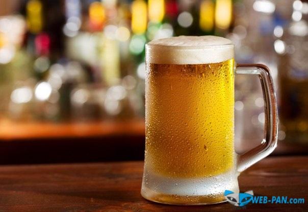 Холодное пиво в отличном бокале, для нас и меня!
