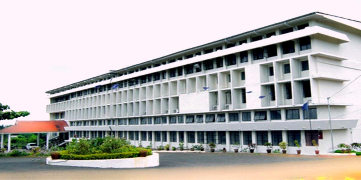 KMCT Ayurveda Medical College Image
