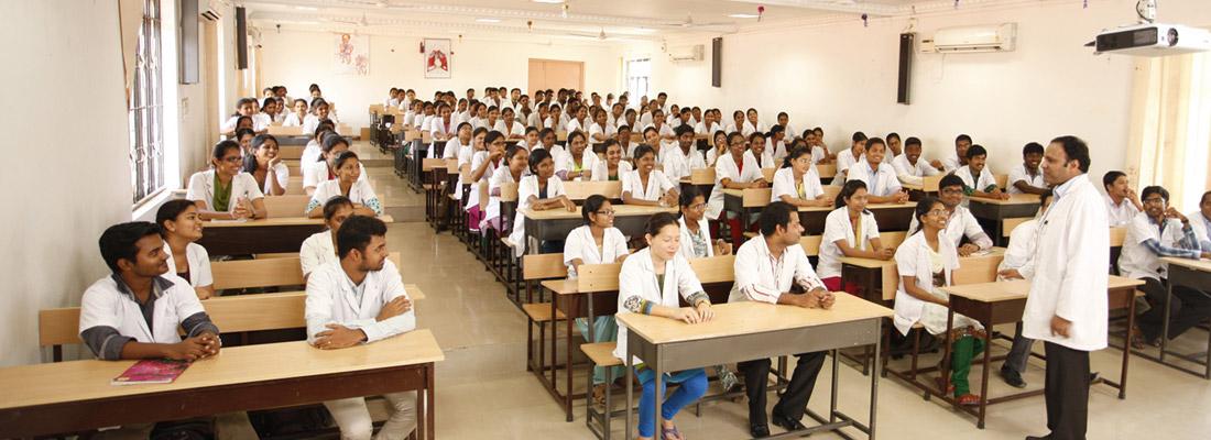 Sri Lakshmi Narayana Institute of Medical Sciences Image